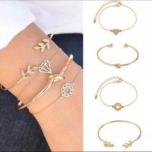 Jewelry - 🚨 5/$20 Bracelet set